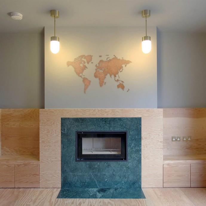 Carte du Monde en Bois