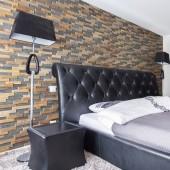 Tête de lit moderne - Panneau Mural Bois Bravo