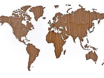 carte du monde en bambou